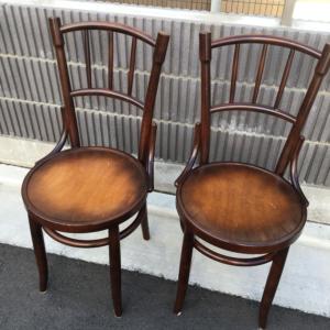秋田木工の曲木椅子