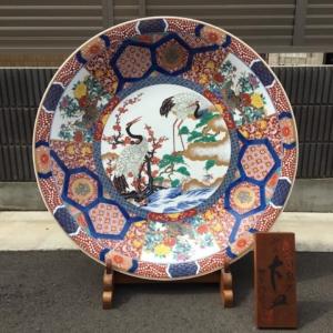 神右エ門の染錦鶴絵の参尺大皿を買取しました